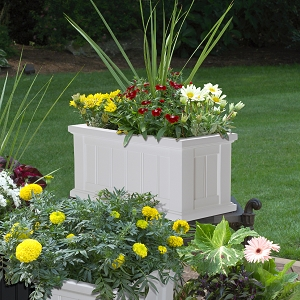 Cape Cod Patio Planter 24
