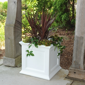 Fairfield Patio Planter 20