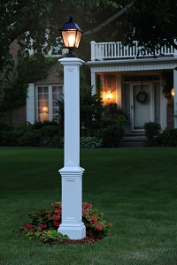 Signature Lamp Post w/Steel Ground Mount